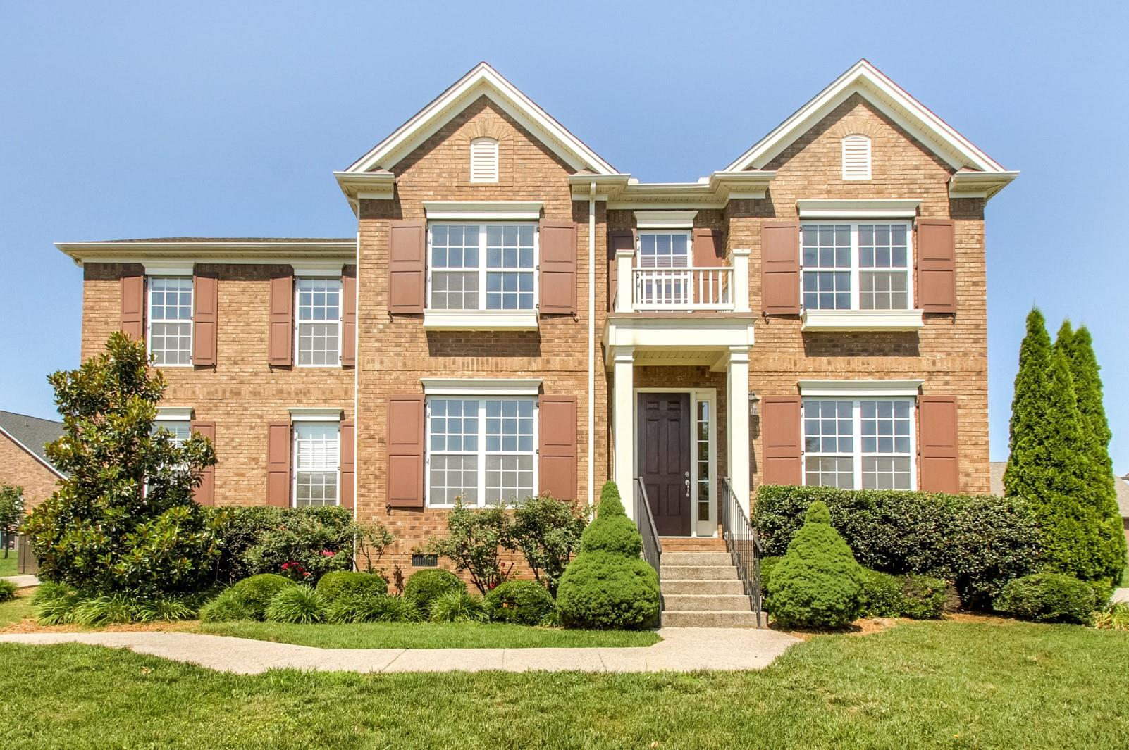 2056 Belshire Way, Spring Hill, TN 37174