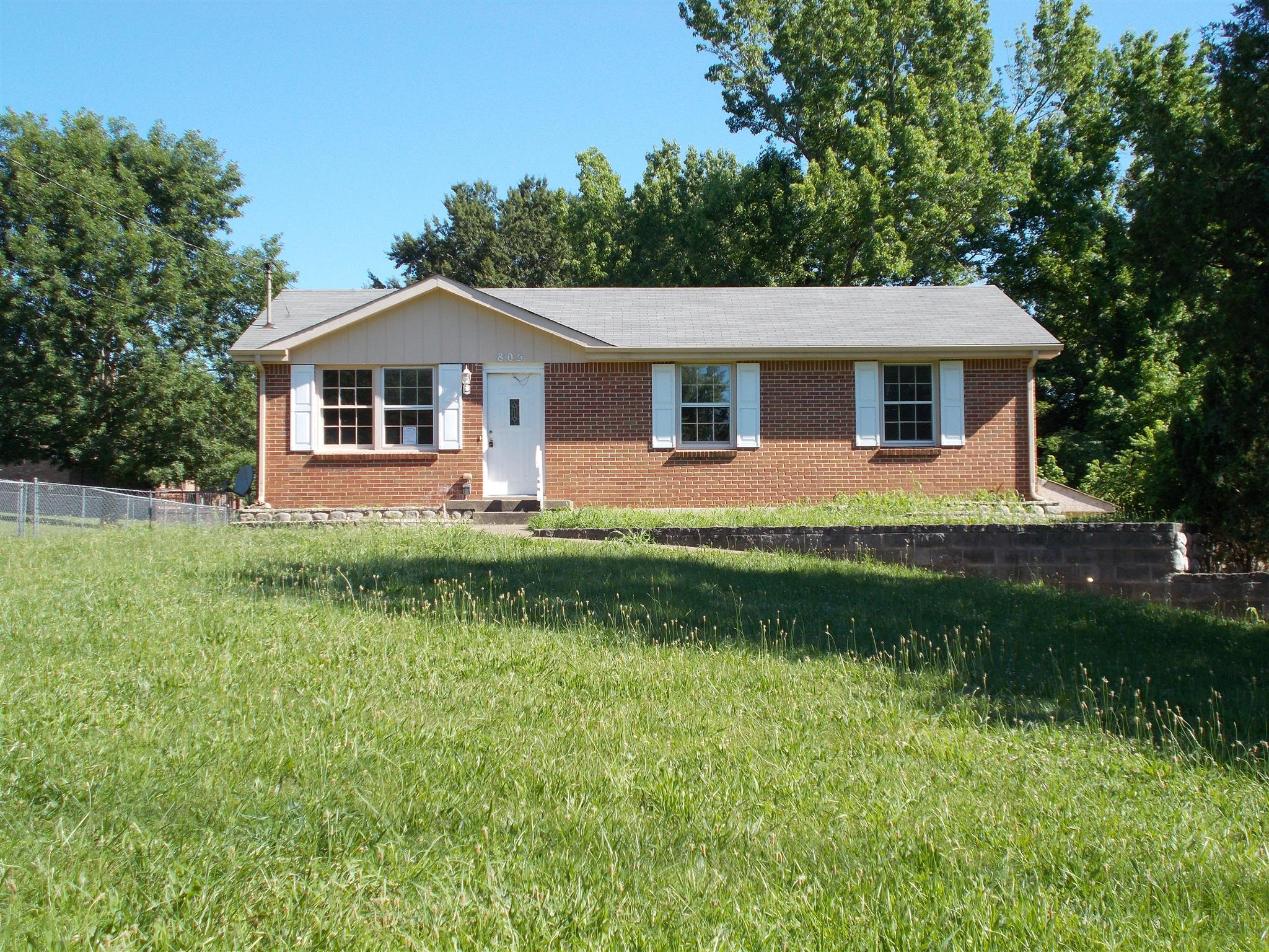 Photo of 805 Kingsbury Rd  Clarksville  TN