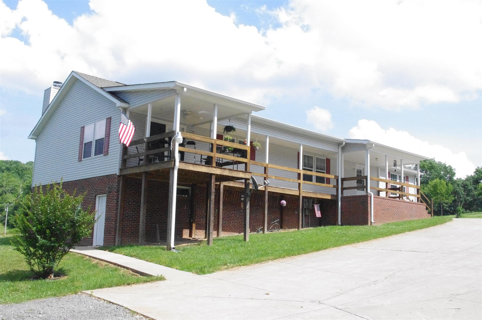 337 Buffalo Rd, Carthage, TN 37030