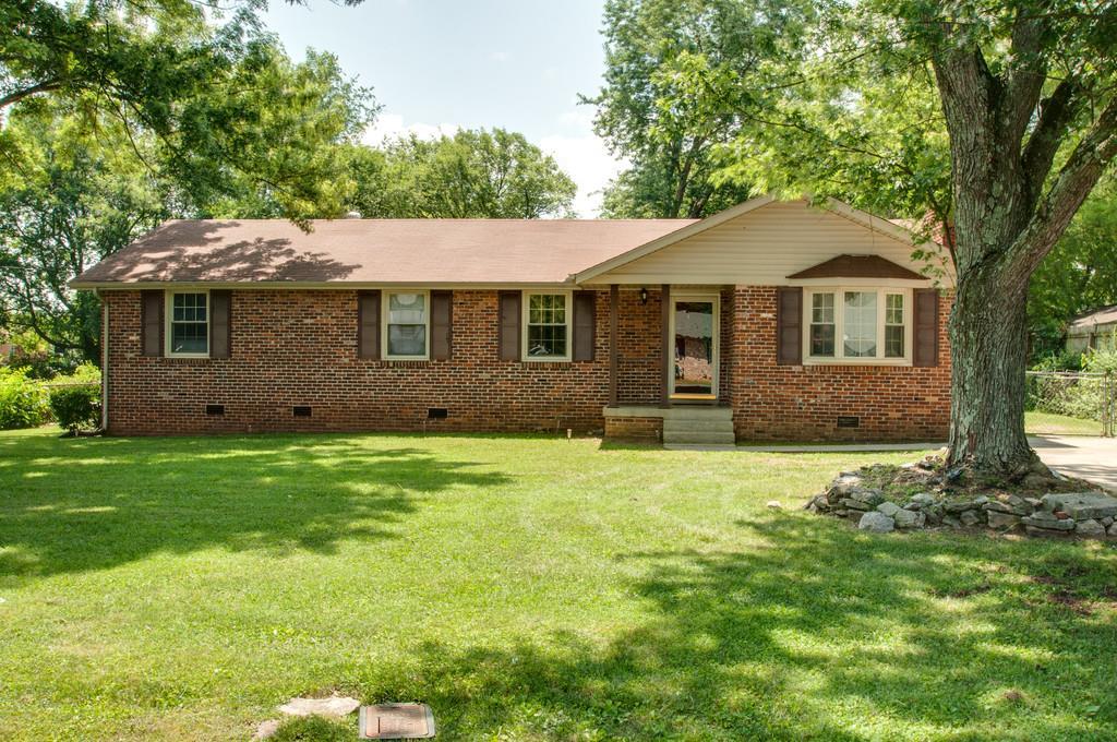 6614 Forrest Ln, Murfreesboro, TN 37129