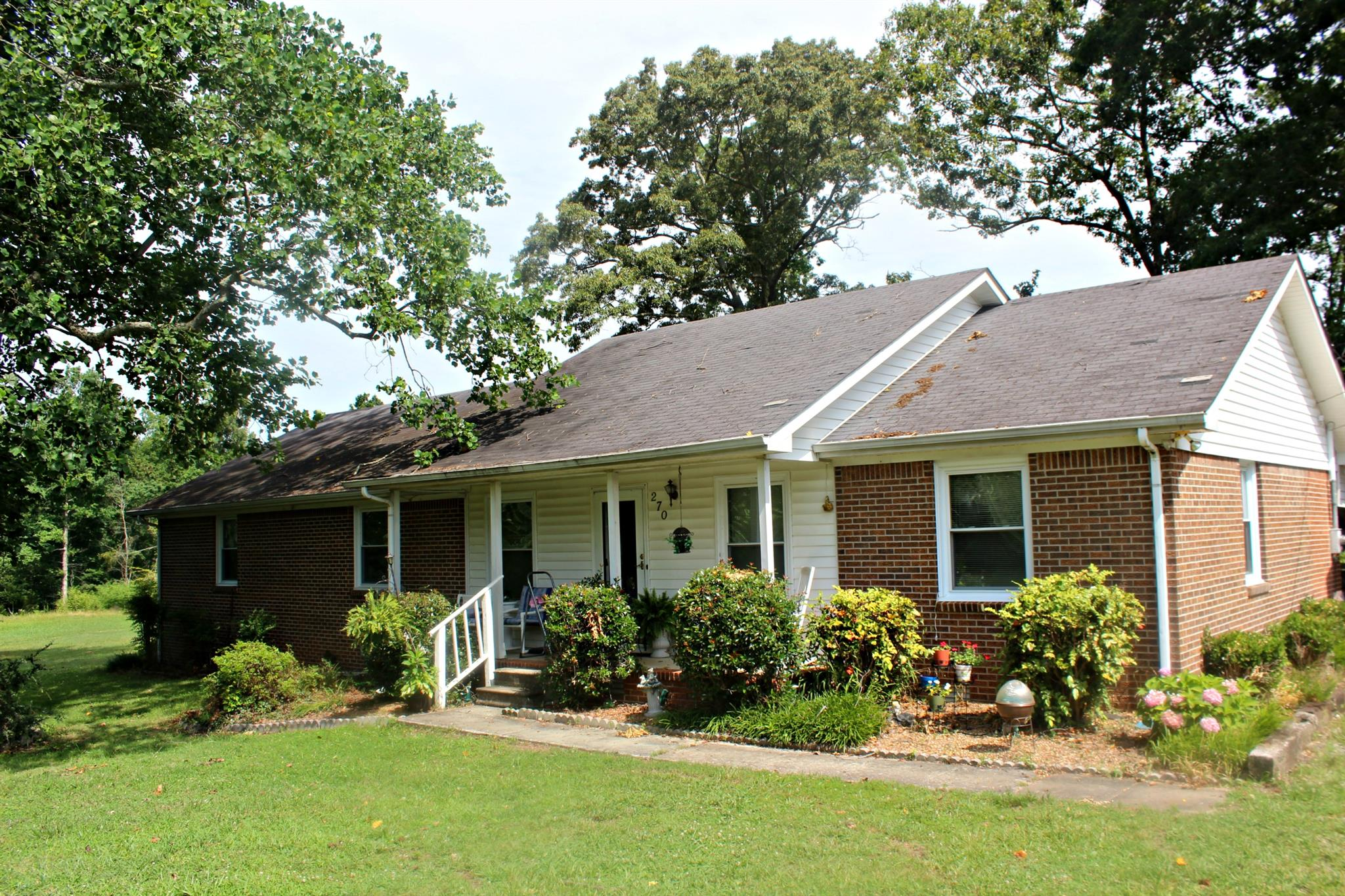 270 Pleasant Grove Rd, Estill Springs, TN 37330