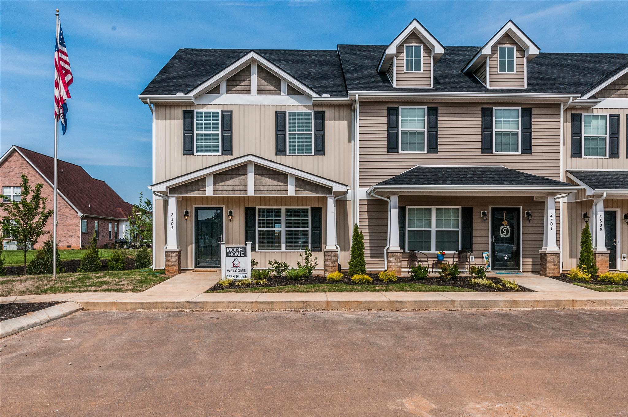 2323 New Holland Cir, Murfreesboro, TN 37128