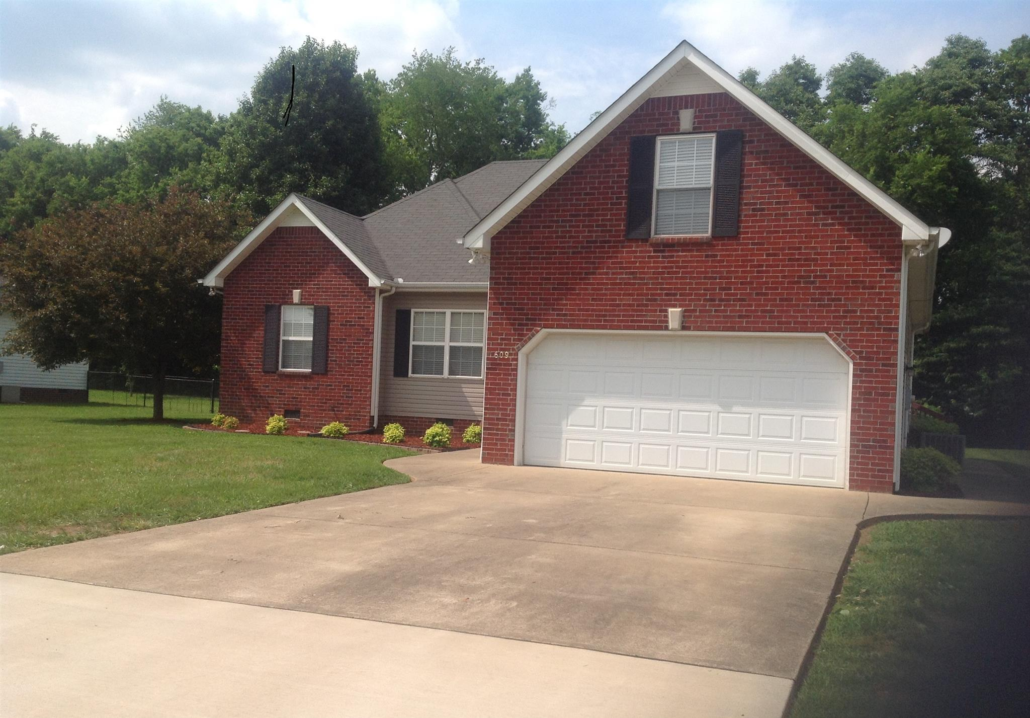 609 Joe B Jackson Pkwy, Murfreesboro, TN 37127
