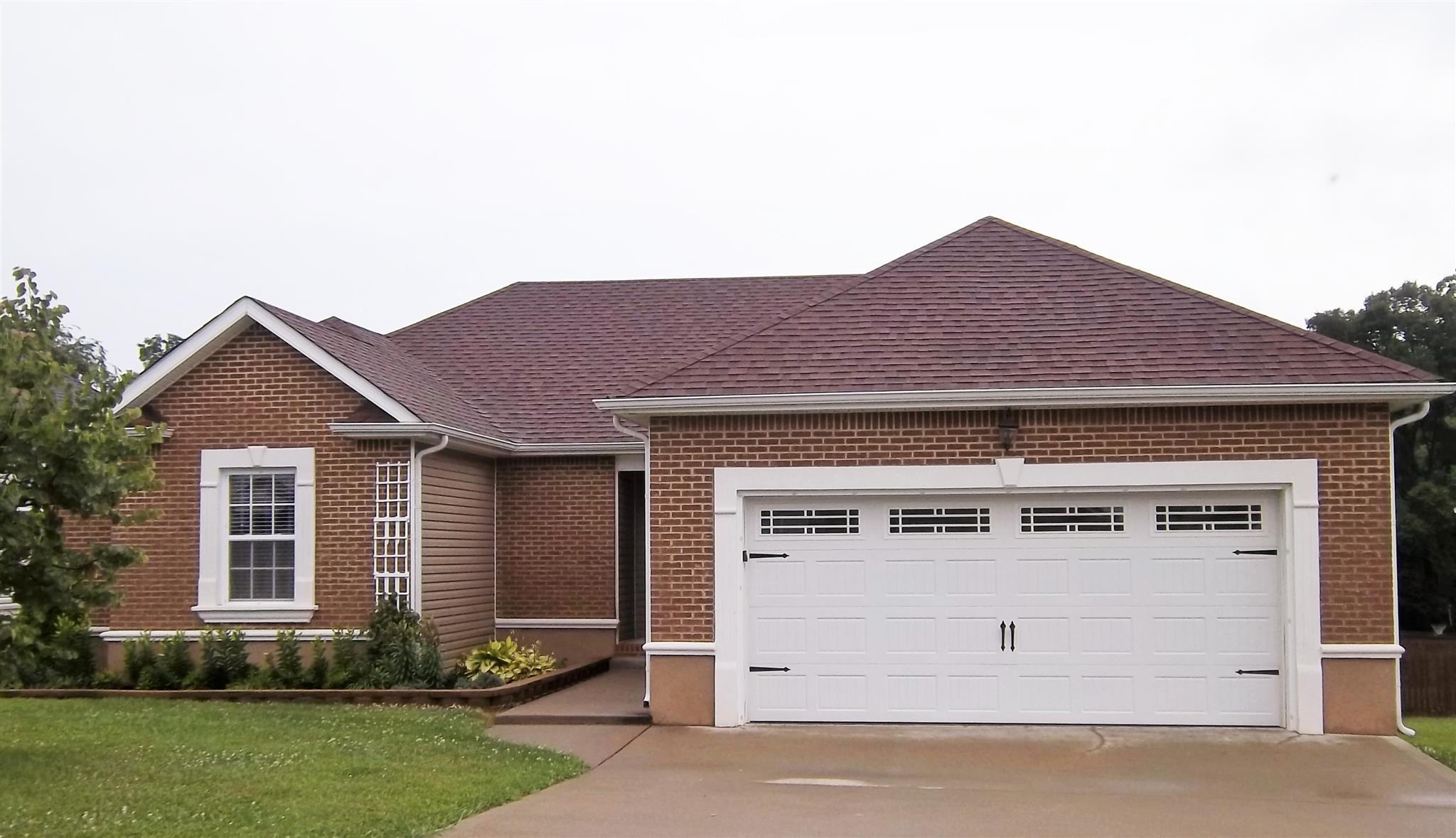 2640 Arthurs Ct, Clarksville, TN 37040