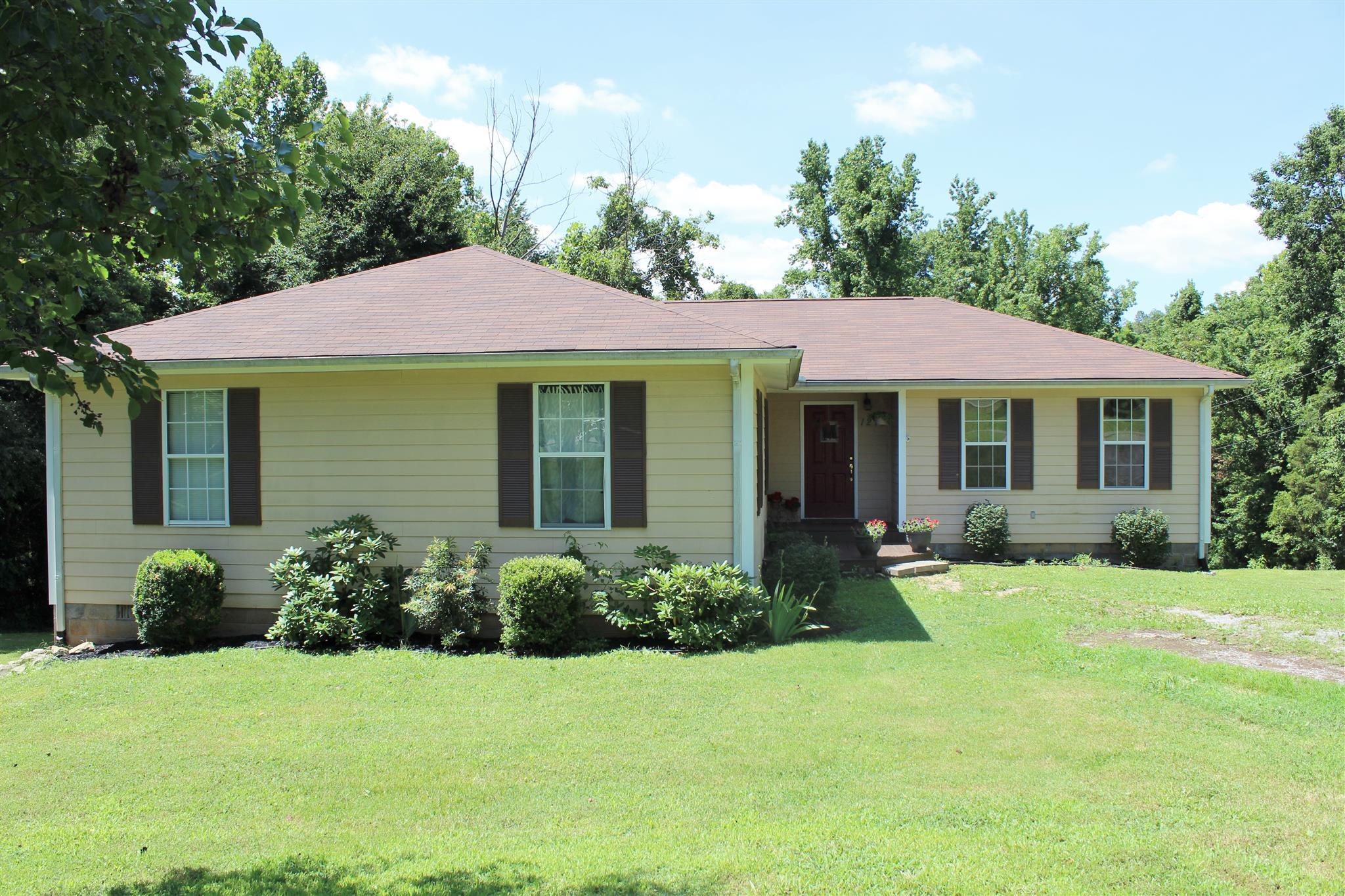 1270 West Rd, Clarksville, TN 37040