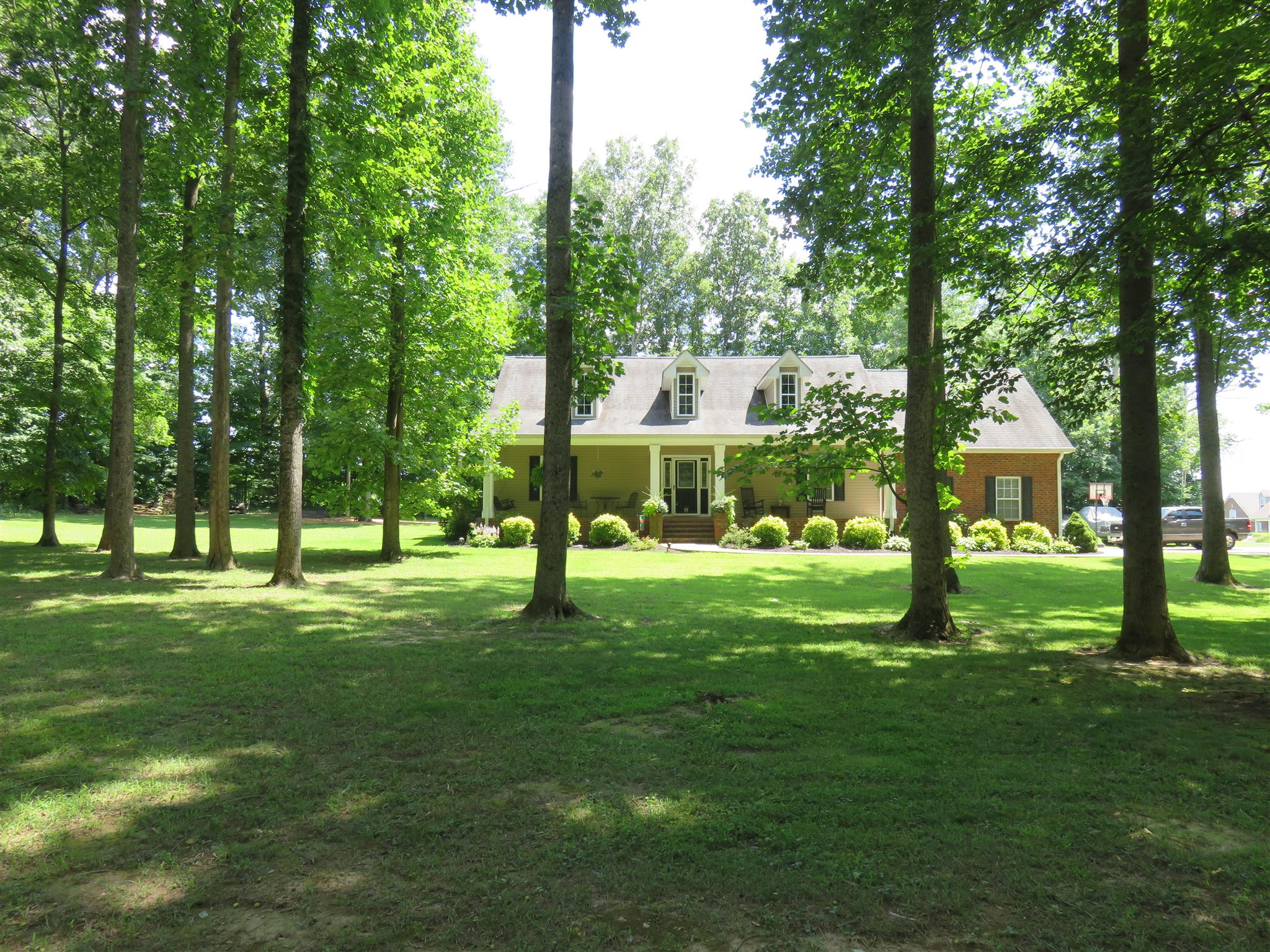 448 Fern Valley Rd, White House, TN 37188