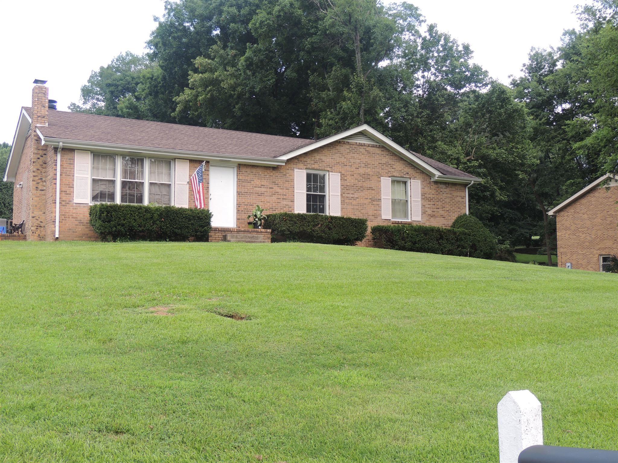 1805 Auburn Dr, Clarksville, TN 37043