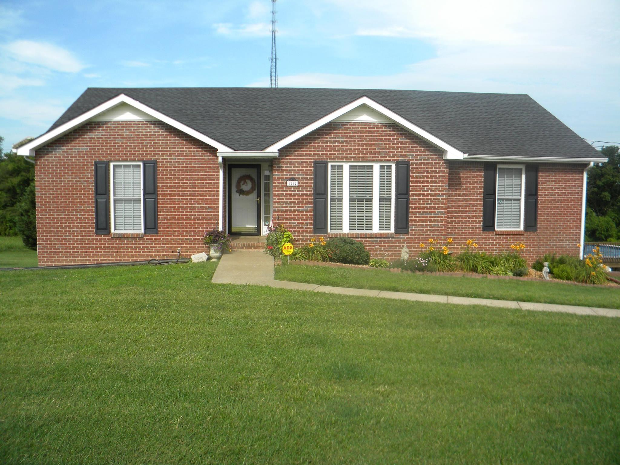 4212 Station Rd, Cunningham, TN 37052