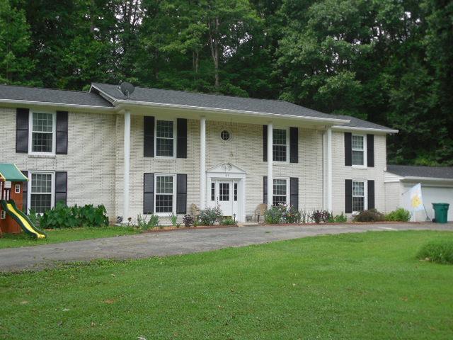 105 Oak Hollow Dr, Waverly, TN 37185