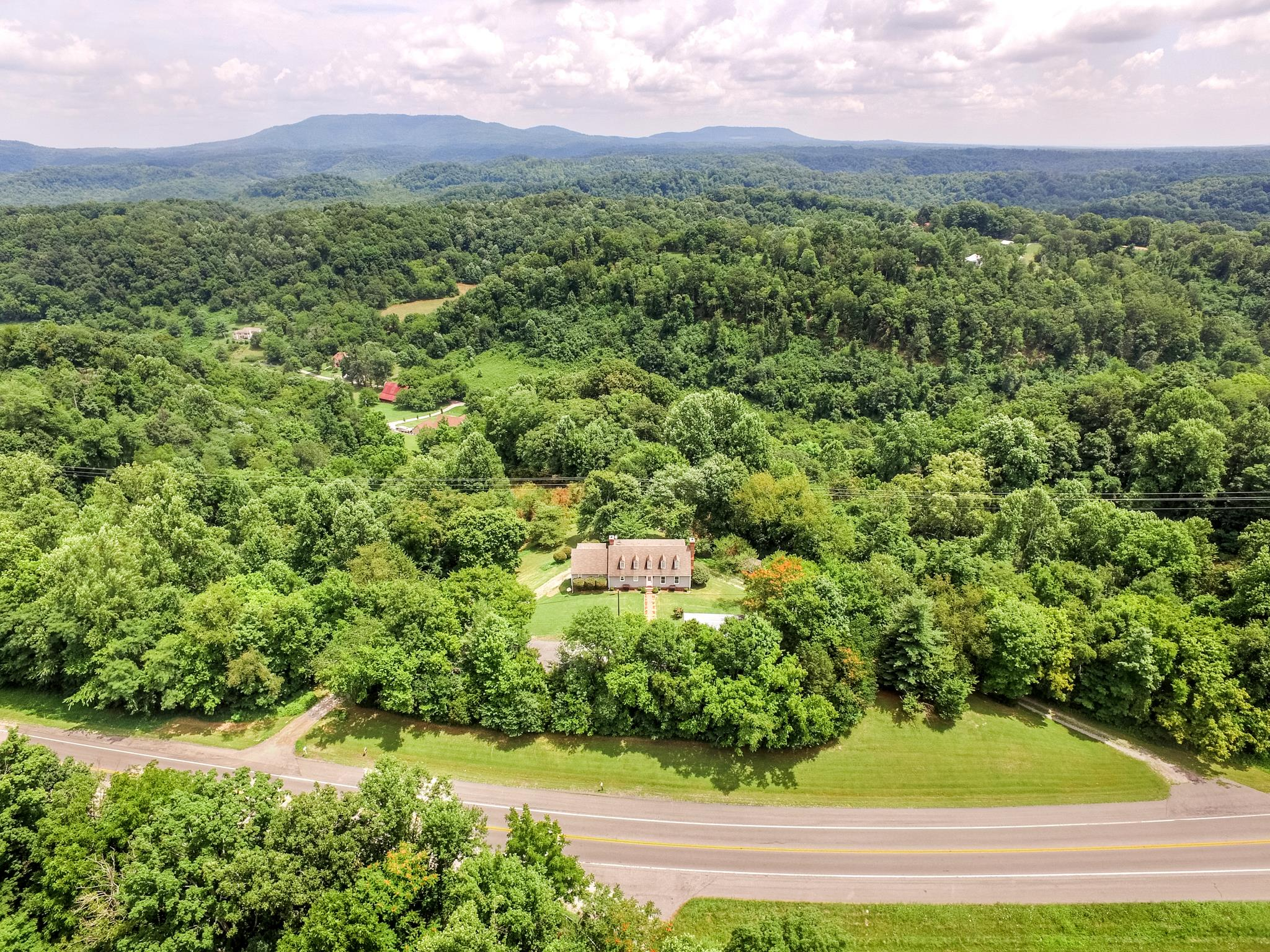 Photo of 2987 McMinnville Hwy  Woodbury  TN
