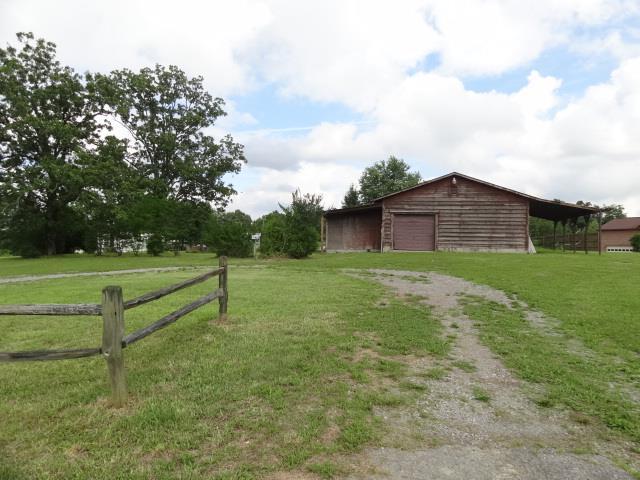 974 Hayes Ridge Rd, Indian Mound, TN 37079