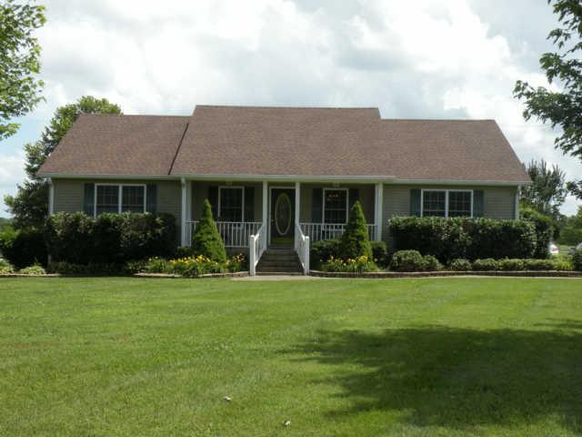 3441 Kinneys Rd, Cedar Hill, TN 37032
