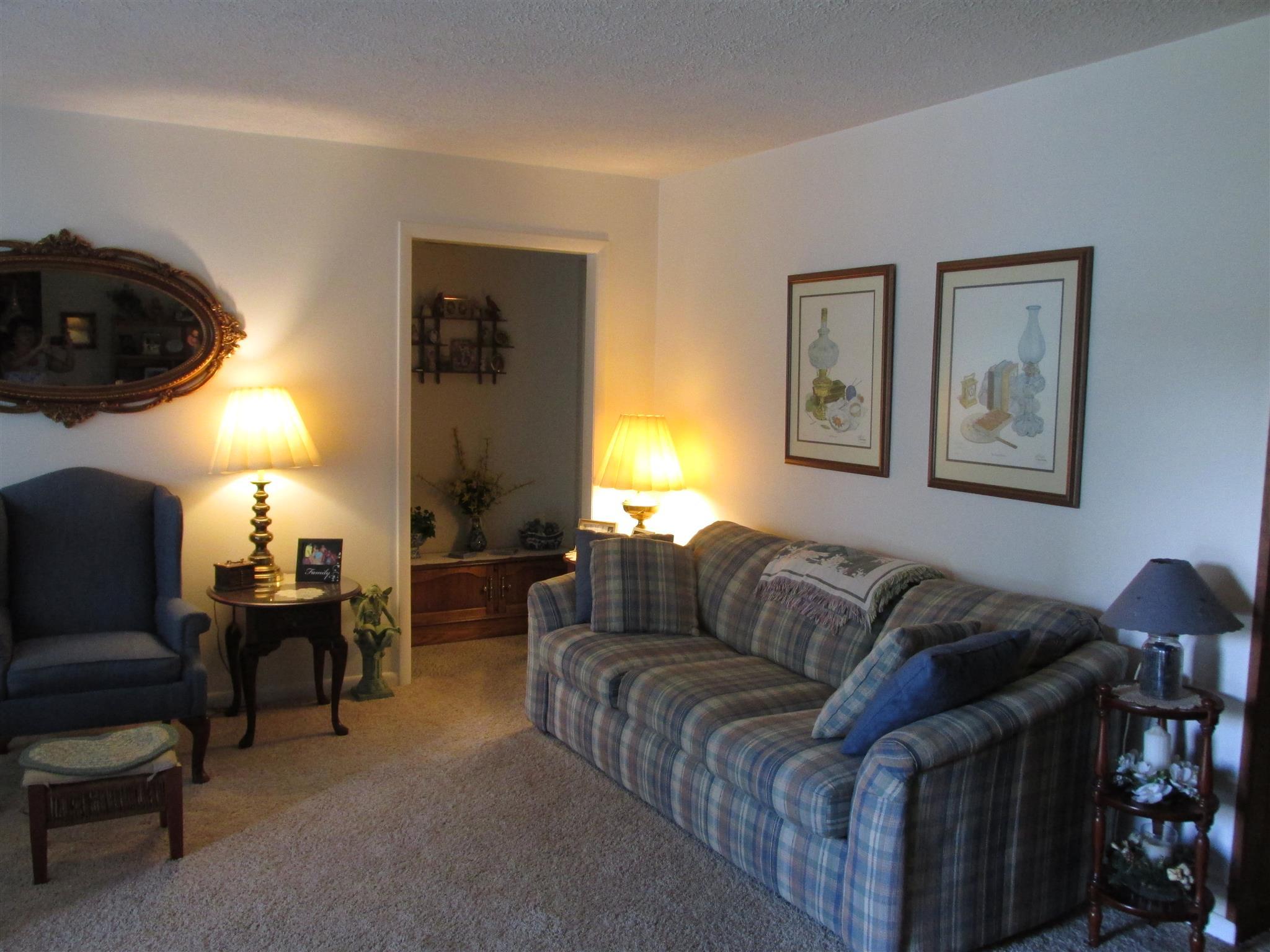 203 Desert Inn Ct, Hopkinsville, KY 42240