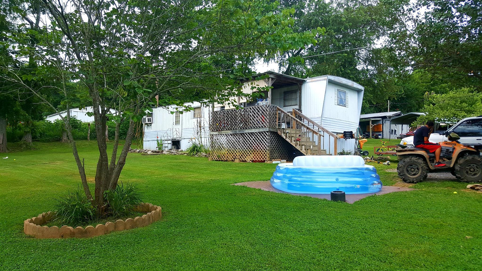 250 Rolling Acres Loop, Hartsville, TN 37074
