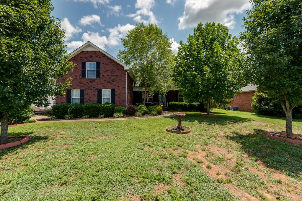 3418 Meadowhill Dr, Murfreesboro, TN 37130