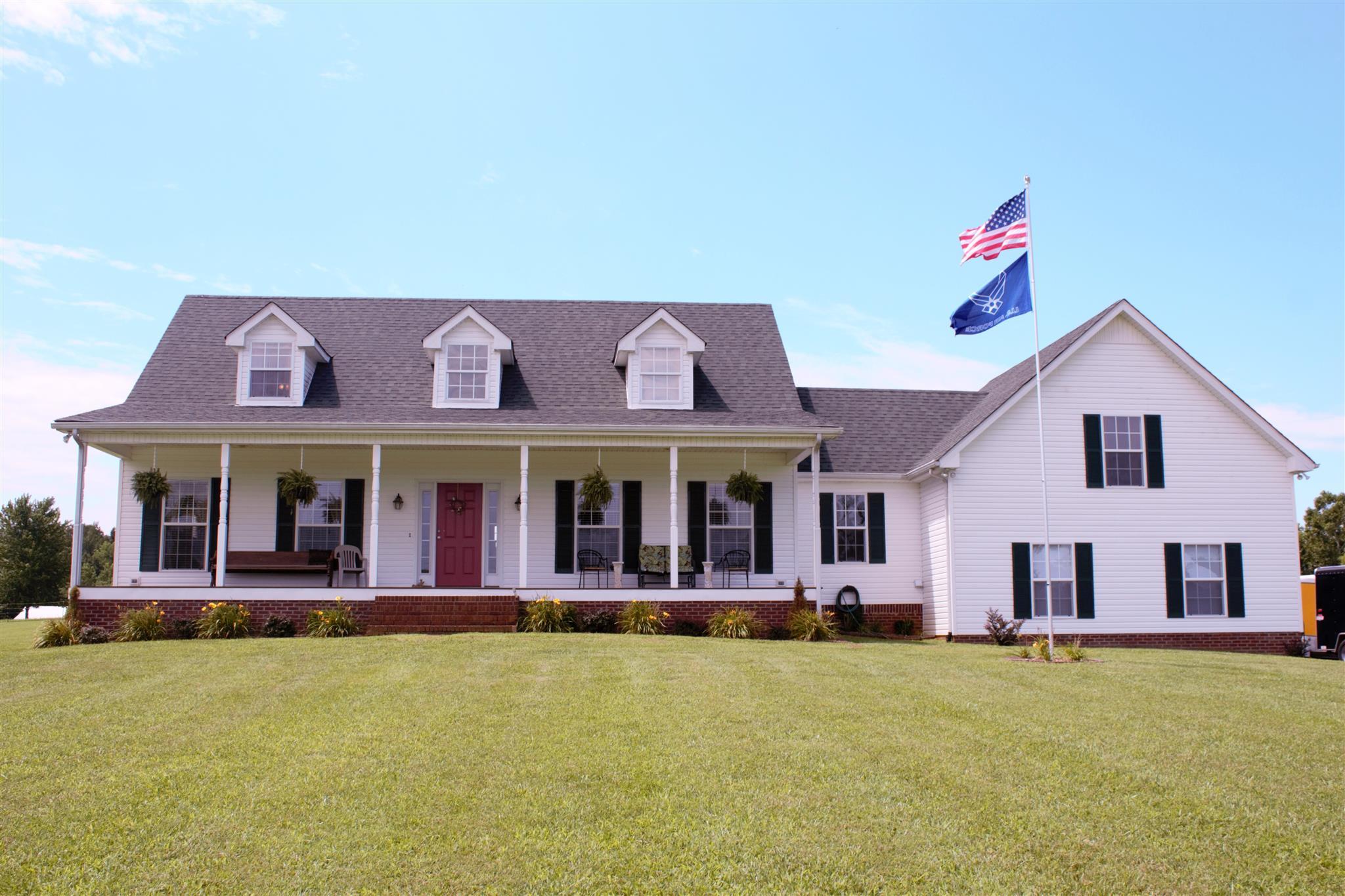 6753 Owens Chapel Rd, Springfield, TN 37172