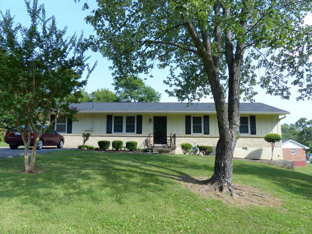 Photo of 117 Crestmont Dr  Hendersonville  TN