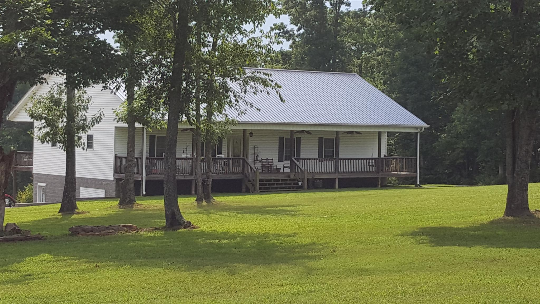 1079 Shelter Branch Rd, Cumberland Furnace, TN 37051