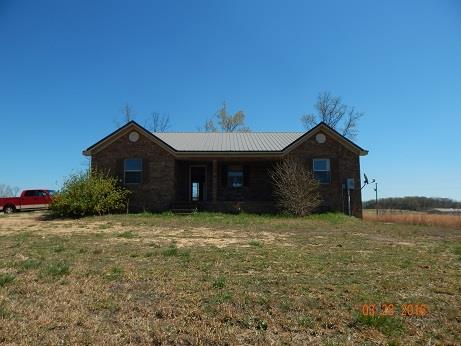 Photo of 190 Buford Moore Ln  Iron City  TN
