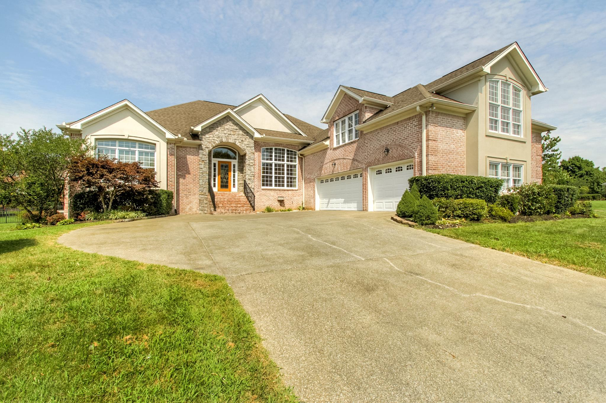 1453 Station Four Ln, Old Hickory, TN 37138