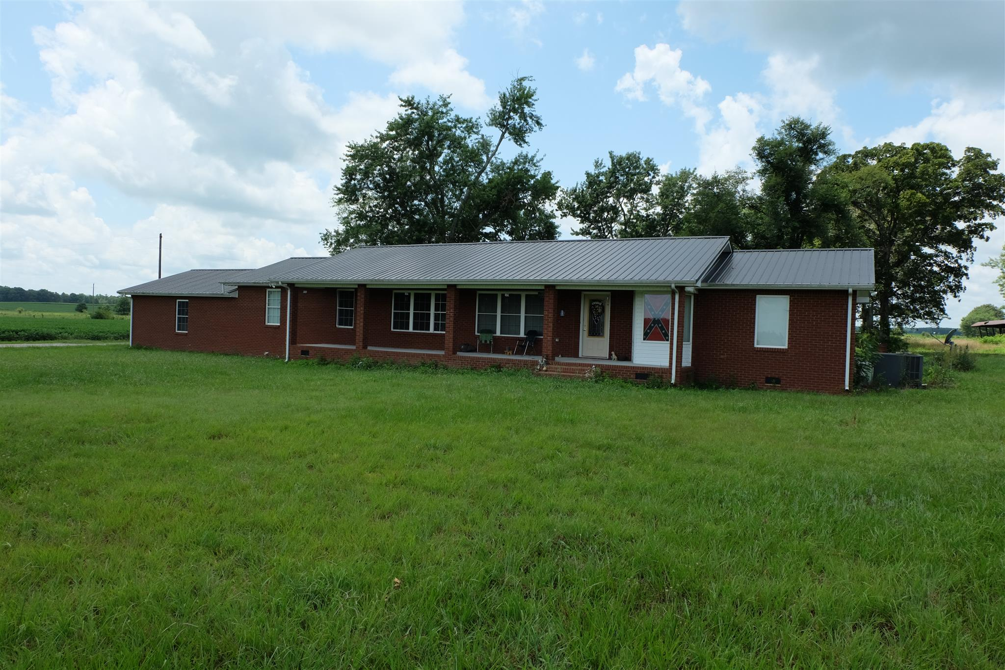 Photo of 10342 Jim Cummings Hwy  Bradyville  TN