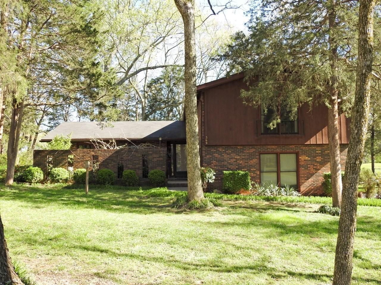 369 Riverbend Country Club Rd, Shelbyville, TN 37160
