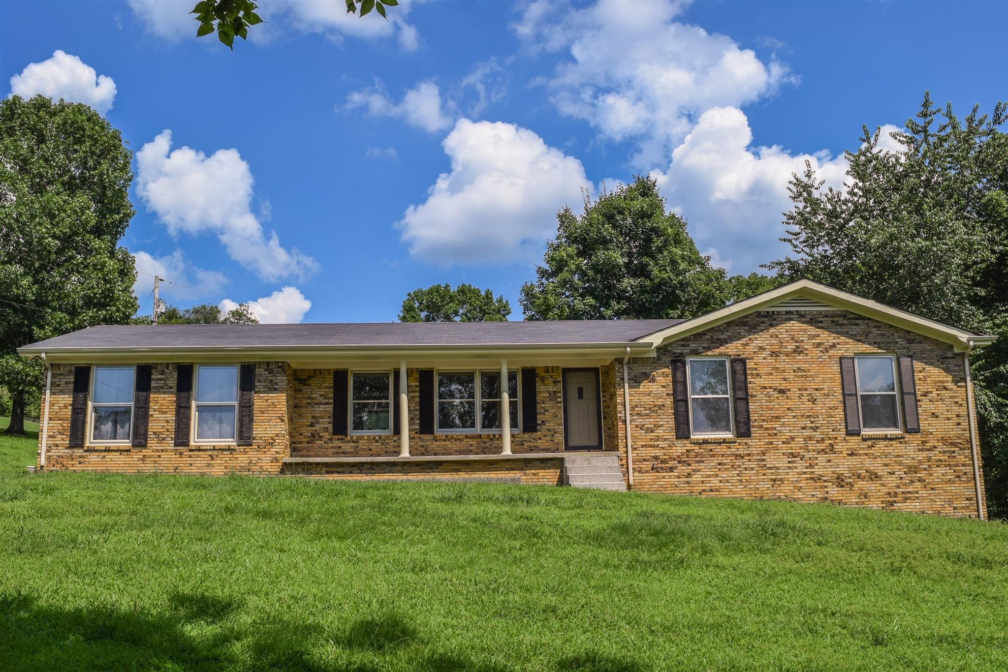 8 Harris Hollow Rd, Carthage, TN 37030