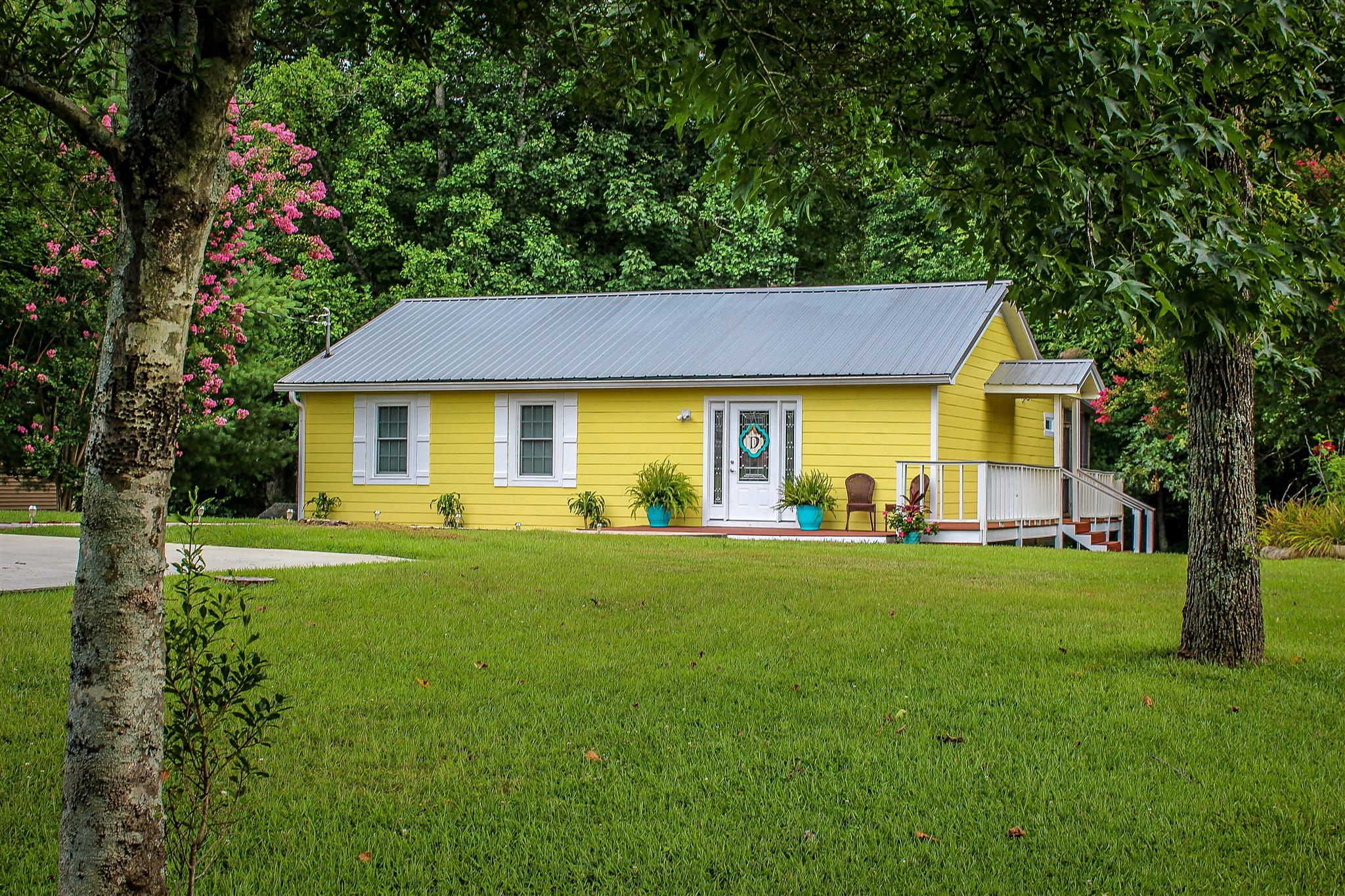 555 Wildwood Trce, Winchester, TN 37398