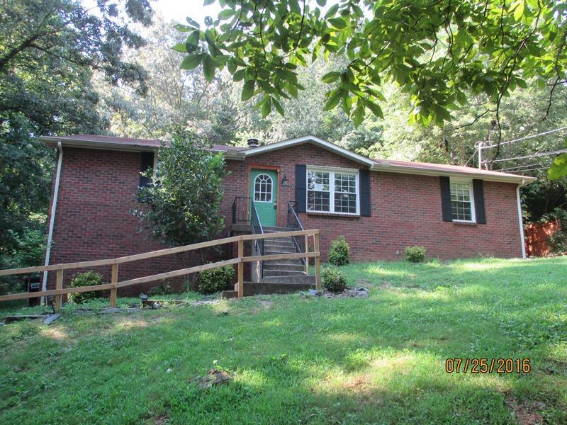 675 Chesterfield Cir, Clarksville, TN 37043