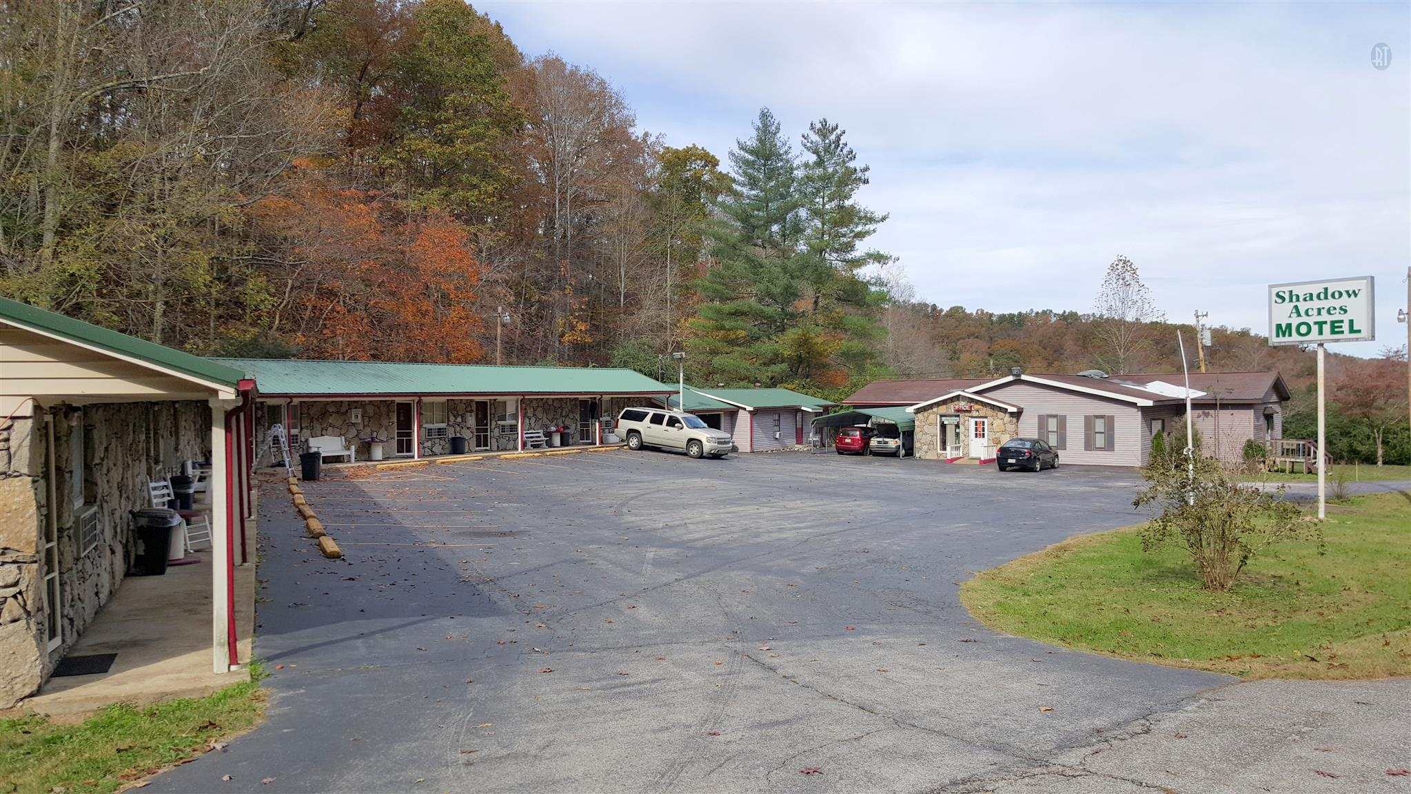 699 Centerville Hwy, Hohenwald, TN 38462