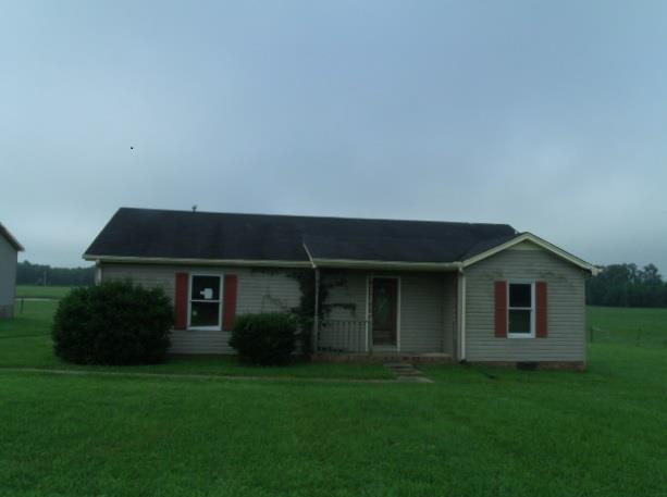 2351 Mud Cat Rd, Adams, TN 37010