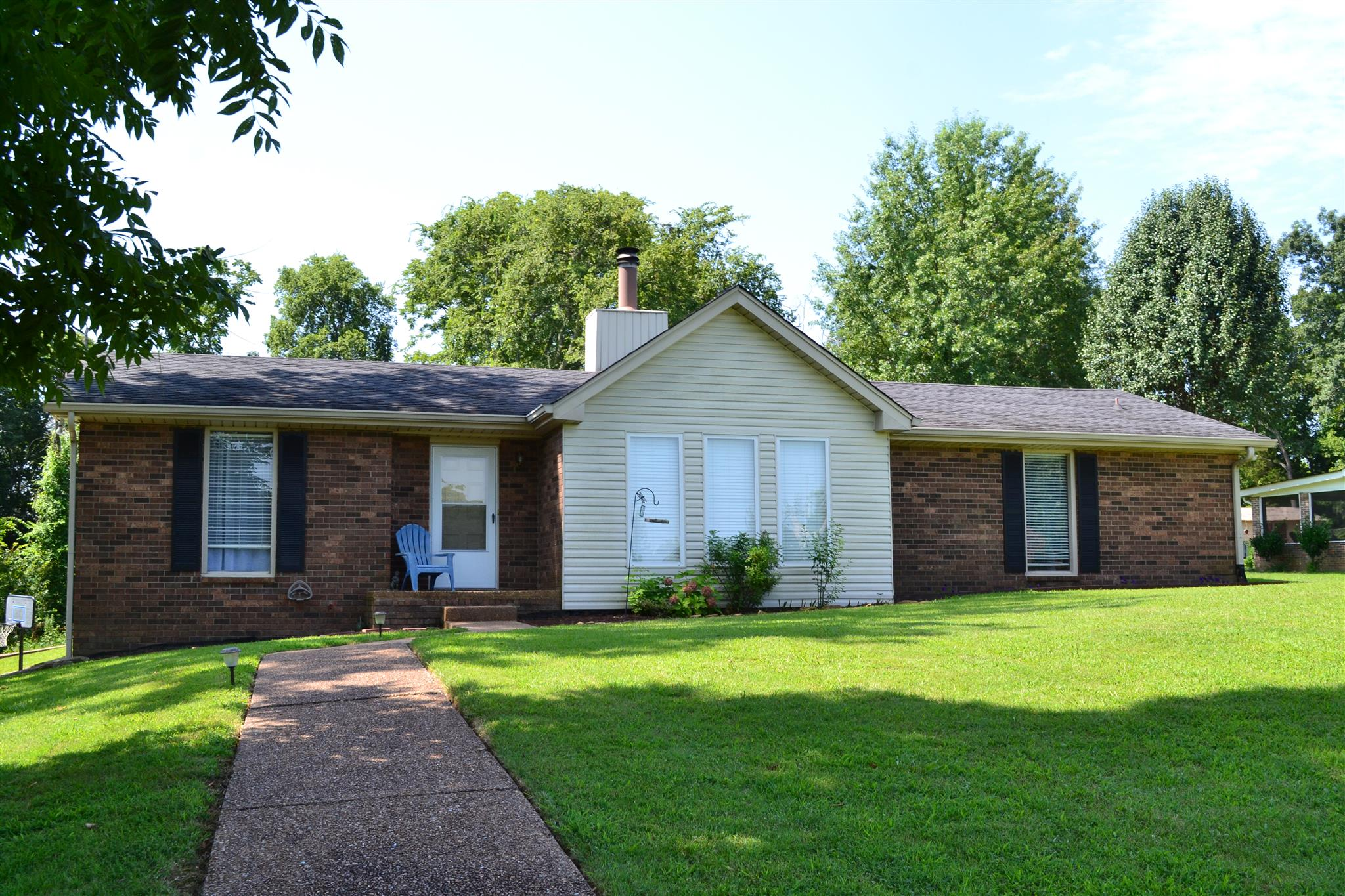 Photo of 122 Timber Trail Dr  Lebanon  TN