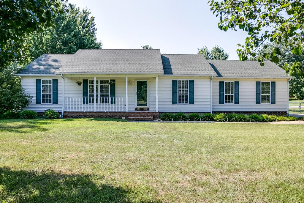 4963 Cloverhill Dr, Murfreesboro, TN 37128