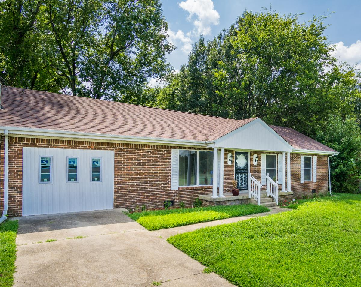 276 Lafayette Rd, Clarksville, TN 37042