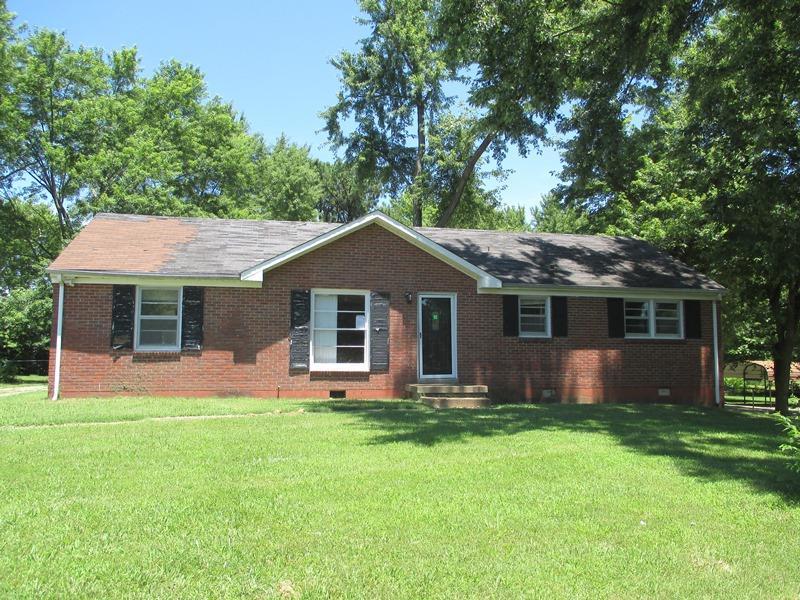 Photo of 521 Needmore Rd  Clarksville  TN