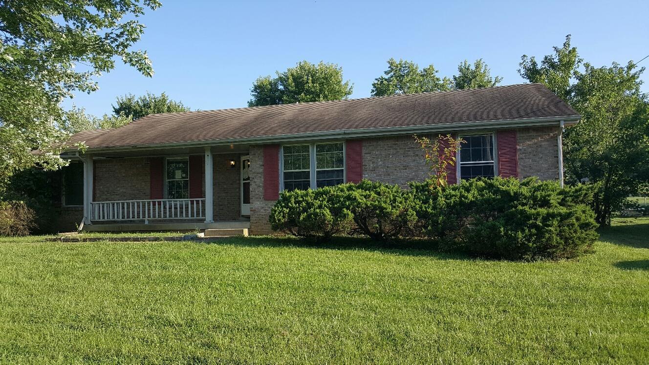 718 Cayce Dr, Clarksville, TN 37042
