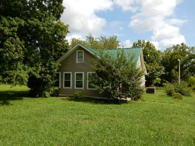 Photo of 3062 Dover Rd  Woodlawn  TN