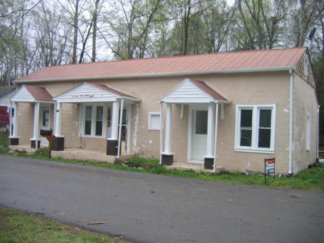 105 Brookhollow Dr, Ashland City, TN 37015