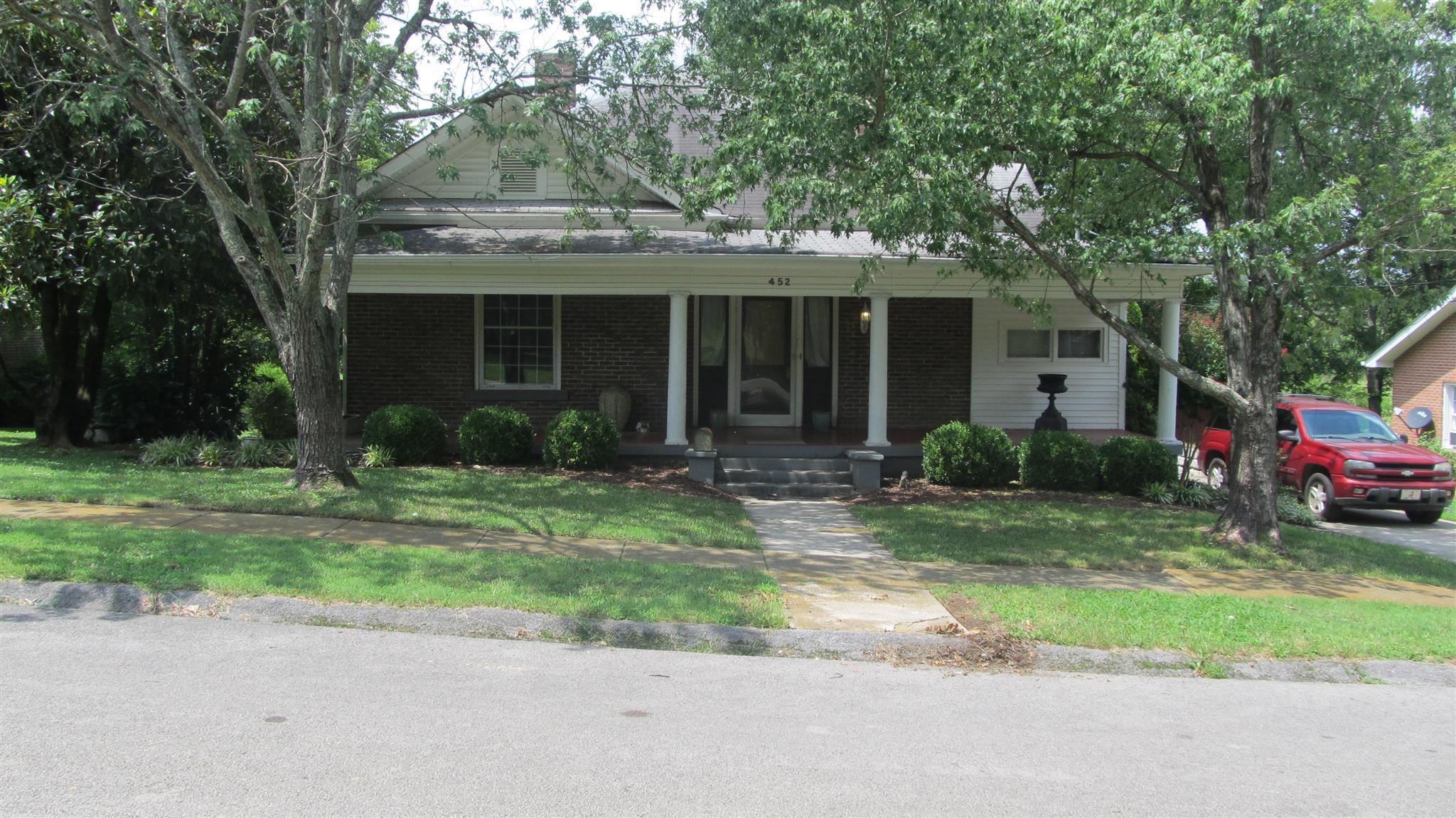 Photo of 452 Highland Ave  Lewisburg  TN