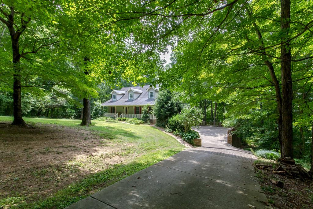 5207 Stacy Springs Rd, Springfield, TN 37172