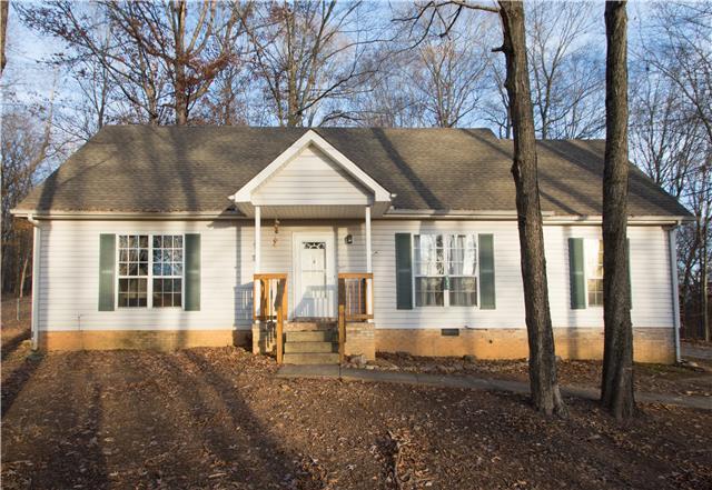 2435 Patterson Rd, Woodlawn, TN 37191