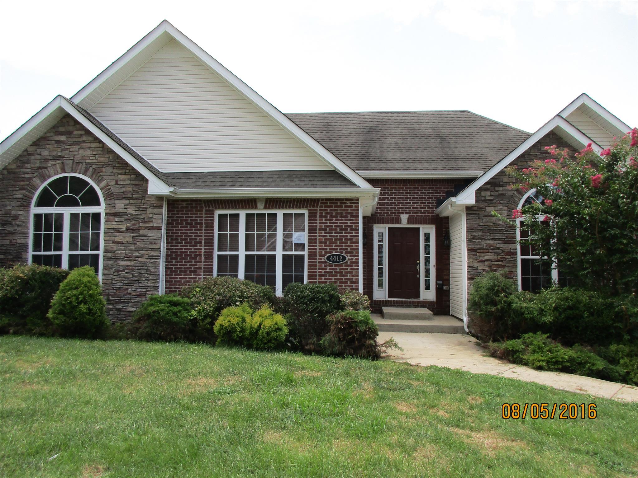 4412 Taylor Hall Ln, Adams, TN 37010