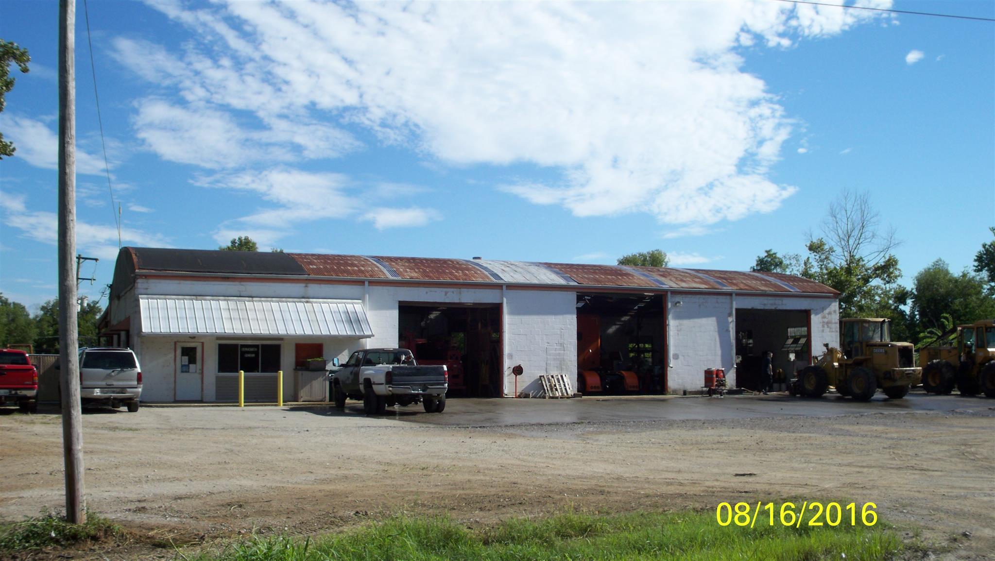 1215 Vales Mill Rd, Pulaski, TN 38478