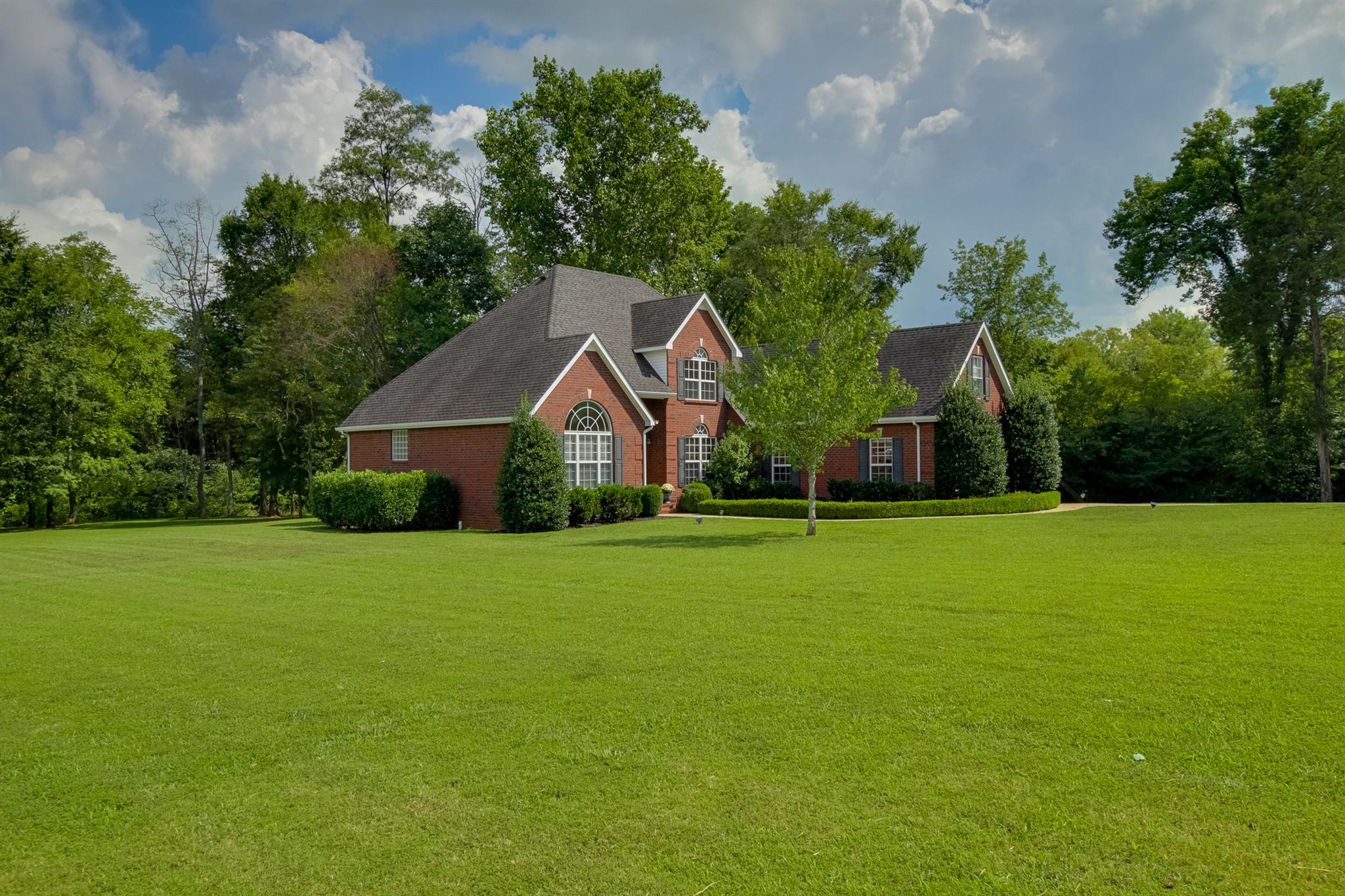 121 Big Sandia Dr, Murfreesboro, TN 37128