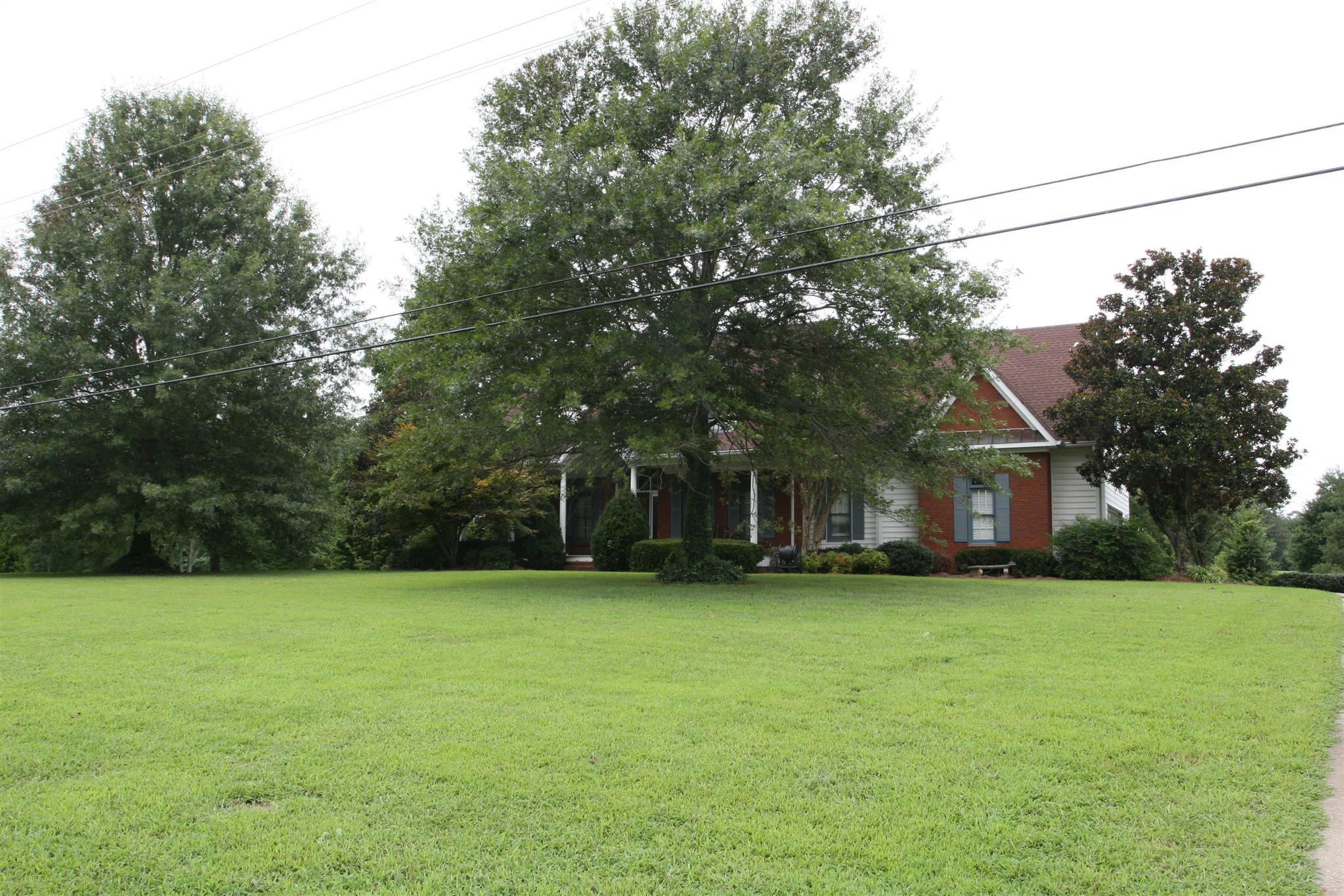 620 Dixie Bee Rd, Clarksville, TN 37043