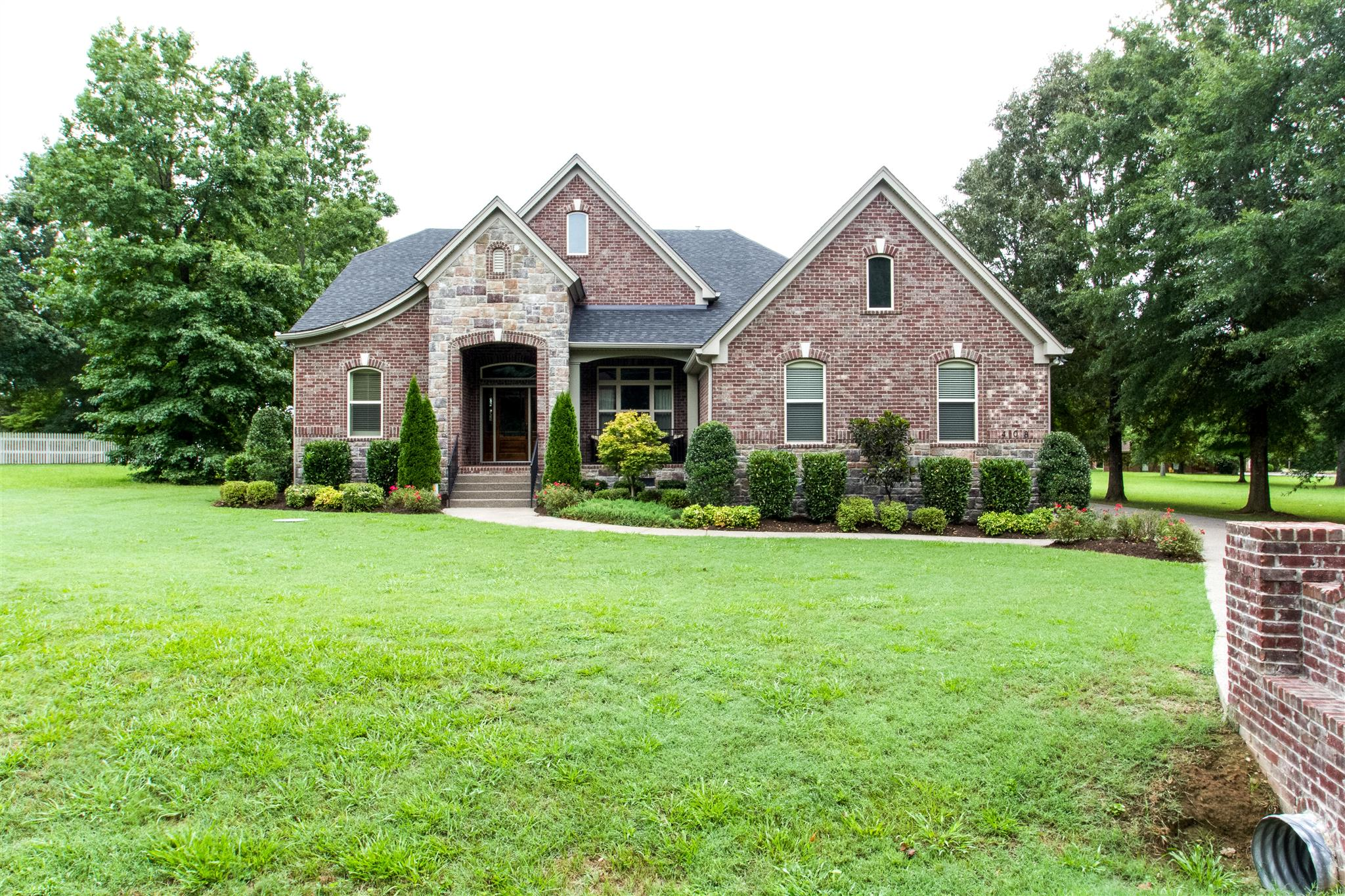 Photo of 408 Harpeth Meadows Dr  Kingston Springs  TN