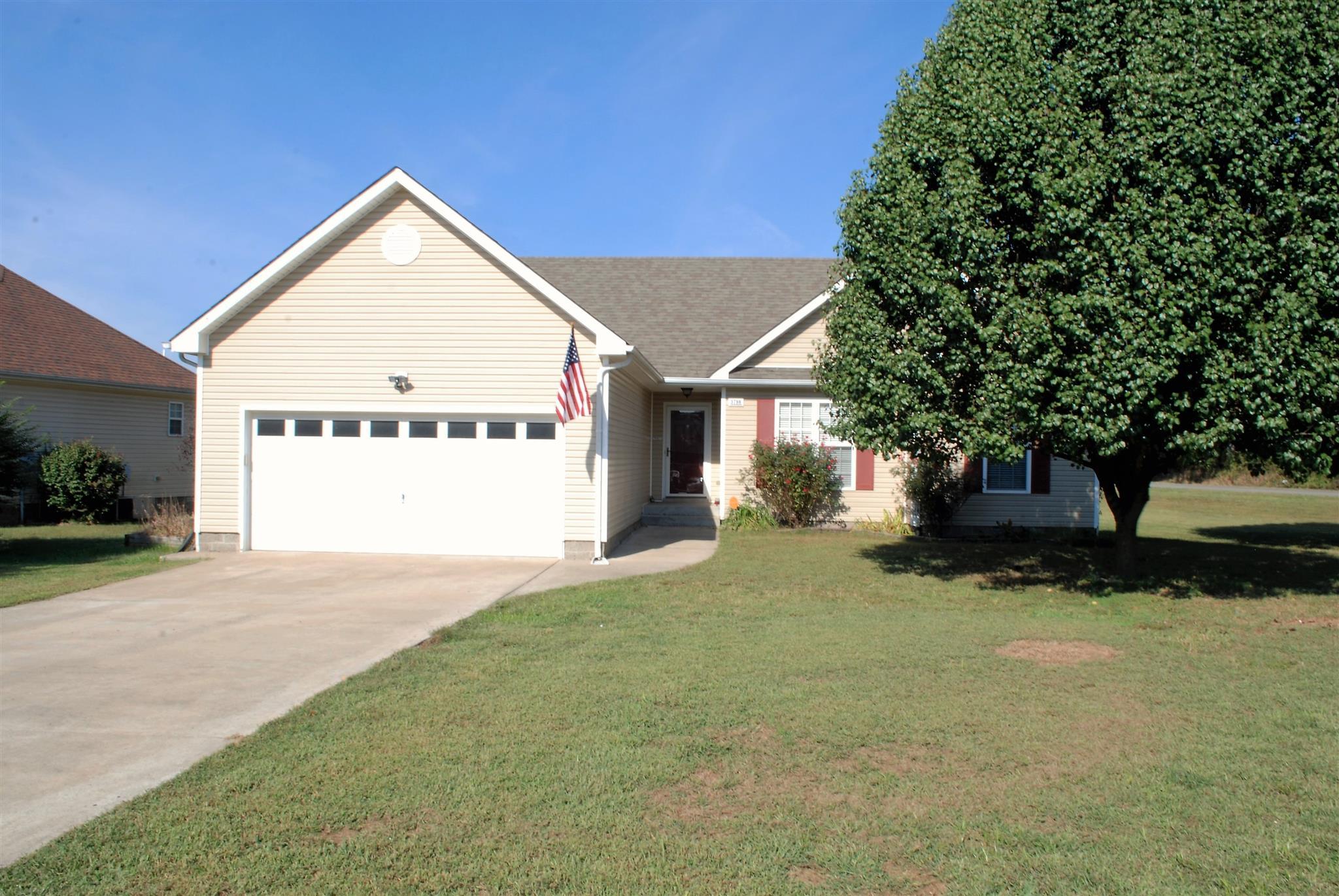 3798 Bret Dr, Clarksville, TN 37040