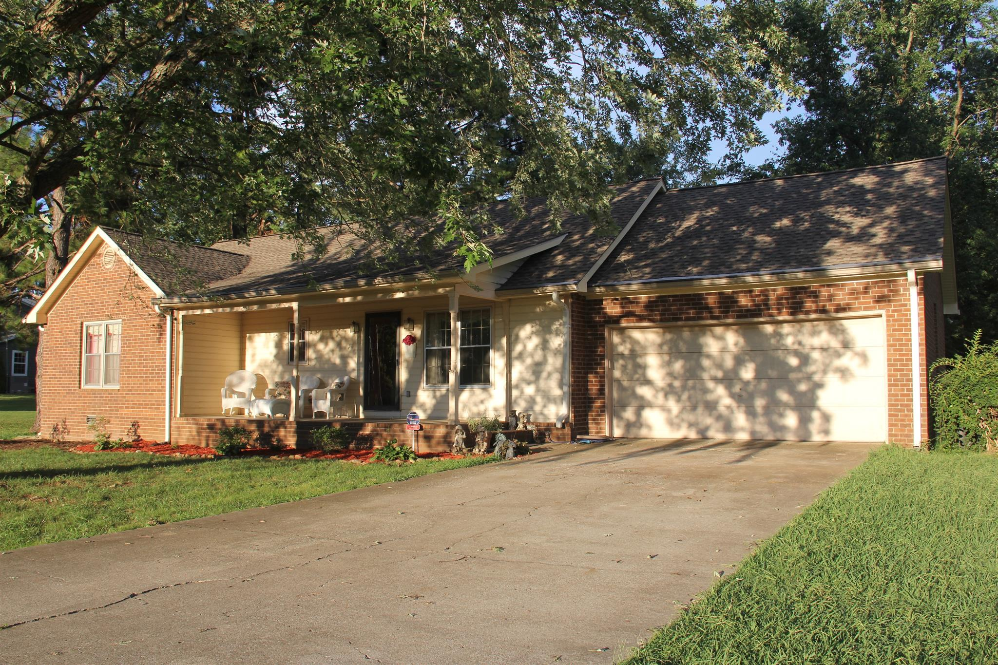1103 Cason Ln, Murfreesboro, TN 37128