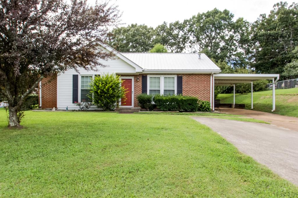 402 Kevin Dr, Dickson, TN 37055