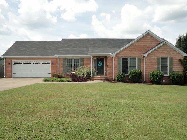 67 Mcdougal Rd, Fayetteville, TN 37334